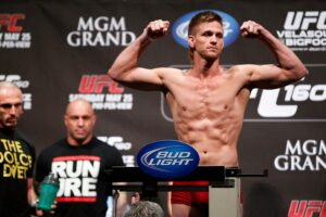 UFC 160: MIKE PYLE WEIGHS IN AT 170 LBS VIA THE DOLCE DIET