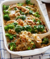 broccoli-cheese-quinoa-casserole