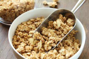 3 Homemade Granola Bar Recipes