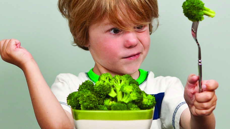 4 Tricks to Get Your Kids to Eat Veggies